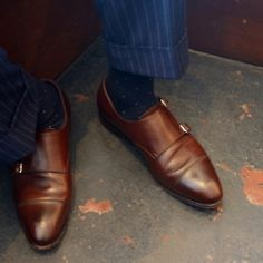 Monk strap to die for. Navy Socks, Brown Socks, Men's Shoes, Dress Shoes, Skinny Suits, Double Monk Strap, Monk Strap Shoes, Grey Trousers, Patterned Socks