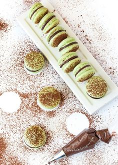 yourpaperdollblog:  Chocolate Mint French Macarons Source: http://bakelovegive.com/chocolate-mint-french-macarons/