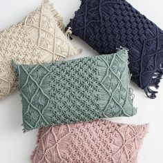 Macrame Wall Hanging Diy, Macrame Curtain, Macrame Plant Hangers, Macrame Bag, Macrame Knots, Macrame Jewelry, Crochet Cushion Cover, Crochet Cushions, Cushion Covers