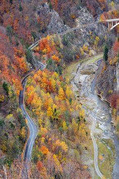 Transfagarasan in Autumn Days,Romania Visit Romania, Turism Romania, Places To Travel, Places To Go, Transylvania Romania, Romania Travel, Tunnel Of Love, Beach Trip, Beach Travel