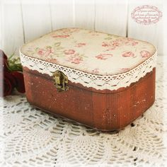 Large oval Box for jewelry Grandma Rose Vintage by Alenahandmade, $41.25
