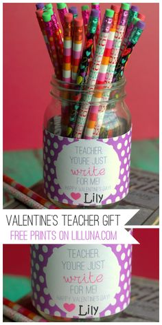 Super CUTE and EASY Valentine's Day Teacher gift. Free prints on { lilluna.com } #valentines