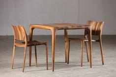 ARTISAN, LATUS TABLE. Favoriet van: Roelof. Vakmanschap in een pure vorm. Mooi ontwerp, zorgvuldig geproduceerd en mooi afgewerkt.
