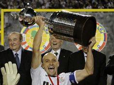 Corinthians foge do Monterrey e pode pegar africano no Mundial