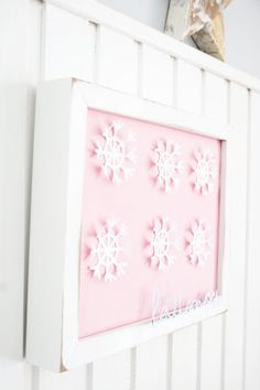 DIY snowflakes on the wall