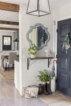 Small foyer decorating for Spring | Jenna Sue Design Blog