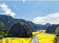 This is your site's landing page. Create an account or log in to Traiborg. Vietnam Holidays, Hanoi, Agriculture, Country Roads, Community, River, Photo And Video, Amazing, Outdoor