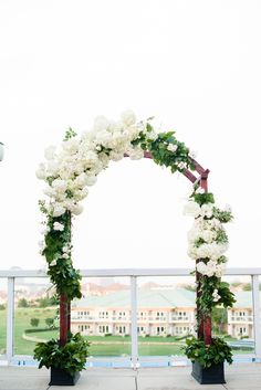 Sagy + Joe Outdoor Green & White Summer Wedding | @dyankethley | @mullen_kristin | @southerntabletx