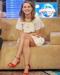 "Actress Natalie Portman makes an appearance on MTV's ""Total Request Live"" at MTV Studios, Monday, Nov. Natalie Portman Feet, Natalie Portman Style, Beautiful Celebrities, Beautiful Women, Nathalie Portman, Hollywood, Elegant Woman, Celebrity Photos, Celebrity Women"
