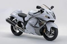 Suzuki launched it's new superbike hayabusa