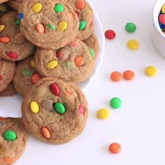 Hardly can anyone resist to these beautiful soft and chewy M&Ms cookies.The dough is the one usually used for the chocolate chip cookies but uses M&Ms instead. The cookies are sweet, a bit salty and chocolaty as they are filled with lots of M&Ms candies. By far a great treat for spring or upcoming Easter.