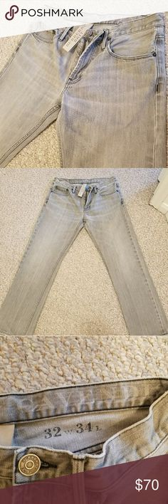 Burberry Brit Grey Cavendish Straight Fit Jeans. Men's size 32x30. Straight leg. Authentic. Cavendish. Zipper fly. Tag says 32x34, however, they have been hemmed. Mineral grey color. Excellent condition. The rear dark brown Burberry patch has transferred minimal tobacco color on to the Jean itself, see photo 6&7. The patch slightly curls up at the tips. There's very slight fraying on the hem & top of the waistband. You really have to look close to see it. All around, great jean, and great…
