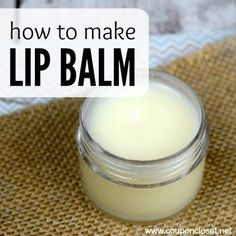 Homemade Lip Balm Recipe - Easy DIY Lip Balm with only 3 Ingredients! You have to try this easy Homemade Lip Balm Recipe. With only three ingredients anyone can make this easy homemade lip balm, perfect for every day use or gifts. Homemade Lip Balm, Diy Lip Balm, Face Scrub Homemade, Homemade Moisturizer, Lip Balm Recipes, Diy Lotion, Homemade Beauty Products, Diy Products, Beauty Recipe