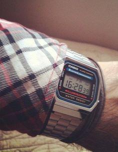 Gaaf Casio retro horloge voor mannen!
