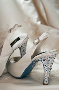 Bride's Bling Shoes. Bridal Prep @ The White Swan Hotel, Alnwick, Northumberland.