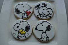 SNOOPY sugar cookies by TiffanysSweetSpot on Etsy, $36.00