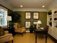 Wall of White Built-ins >> http://www.hgtvremodels.com/pro-galleries/home-offices/workspace/5199/index.html#