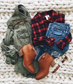 Take a look at 14 stylish ways to wear ankle boots in casual spring outfits in the photos below and get ideas for your own amazing outfits! So cute these fall outfit ideas that anyone can wear teen girls or… Continue Reading → Flannel Outfits, Casual Fall Outfits, Fall Winter Outfits, Autumn Winter Fashion, Plaid Flannel, Casual Shoes, Winter Wear, Flannel Shirt, Fall Plaid