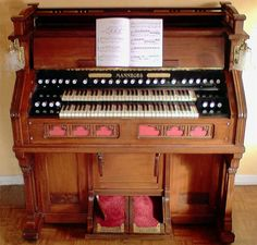 Mannborg Art Harmonium Model 17 - No. 25181. This instrument which was ordered in 1914 by the Duchess of Uzès for her château Bonnelles (Yvelines), is to a large extent built to match the standards of French art harmoniums.