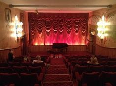 The Kinema in the Woods (Woodhall Spa, England) may well be one of the smallest cinemas in the world. Places Around The World, Oh The Places You'll Go, Great Places, Spa Uk, Lincolnshire England, Caravan Holiday, Brighton And Hove, Go Camping
