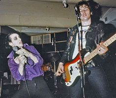 Photo by Waring Abbott The Damned Band, Punk Poster, 70s Punk, Rock N Roll Music, Lady And Gentlemen, New Wave, Music Bands, Punk Rock, Hard Rock