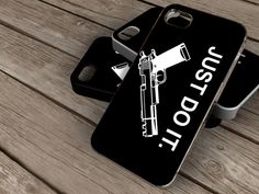 nikejust do itspesial design iphone 4/4s iphone by KOWLONGJEMBUTAN, $13.99
