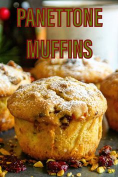 Mini cakes that will remind you of panettone. Sweet muffins packed with citrus flavors, dried fruit and nuts Baking Recipes, Cookie Recipes, Dessert Recipes, Fruit Dessert, Xmas Food, Christmas Cooking, Biscuits, Baking Muffins, Cupcakes