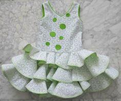 El proceso de fabricación del traje de flamenca es artesanal. Traje de gran calidad y diseño con las mejores garantías.  www.ckcomplementos.es Little Princess, Boy Fashion, Little Girls, Kids Outfits, Babies, Sewing, Children, Crochet, Pattern
