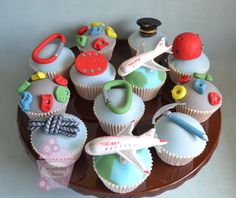 Rock-climbing pilot cupcakes by www.homebakedheaven.co.uk