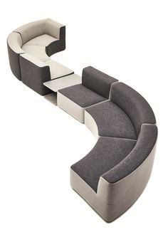 Sectional curved garden sofa CIRCLE BELT by Varaschin In order to have a great Modern Garden Decoration, it's helpful to … Diy Garden Furniture, Garden Sofa, Sofa Furniture, Furniture Design, Outdoor Furniture, Modern Furniture, Garden Care, Curved Sectional, Sectional Sofa