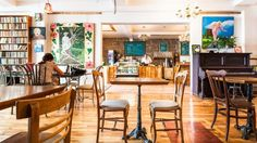 Cafe Bobby McGee 3213, rue Ontario E (Dézéry) Montréal, QC, H1W 1P3