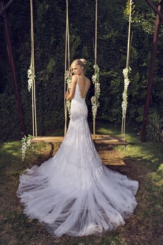 low back wedding dress with tulle and lace train