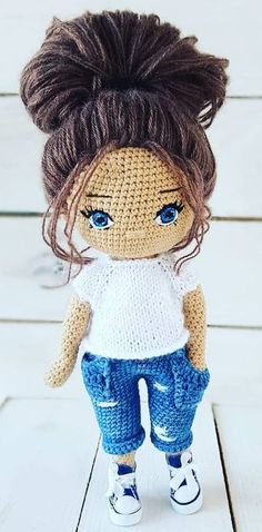 53 Different and Cool Amigurumi Crochet Pattern ideas for 2020 Part 23 ; amigurumi for beginners Crochet Easter, Cute Crochet, Crochet Toys, Knitting Toys, Crochet Birds, Crochet Animals, Knitting Ideas, Doll Amigurumi Free Pattern, Crochet Dolls Free Patterns