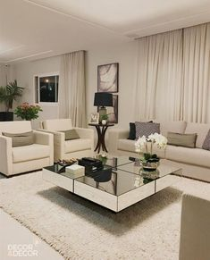 Pin by Christina Silva on My home in 2019 Living Room Decor Inspiration, Living Room Decor Cozy, Elegant Living Room, Formal Living Rooms, Living Room Sofa, Living Room Interior, Home Living Room, Home Interior Design, Dining Room Design