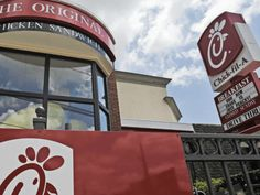 A North Carolina Chick-fil-A broke company tradition and opened its doors on Sunday to help feed people affected by Hurricane Florence. Big Government, News Stories, Florence, North Carolina, Sunday, Politics, Doors, Traditional, Domingo