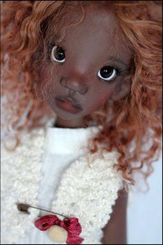 JpopDolls.net ™::Dolls::Kaye Wiggs Dolls::Tobi::Tobi Human Dark Tan Skin (PREORDER) those eyes draw me in.