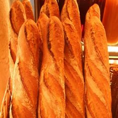 Create your own French baguette - Recipes - Tlife. French Baguette Recipe, Pretzel Bun, Greek Beauty, Greek Recipes, Creative Food, Nutella, Food Processor Recipes, Sandwiches, Bakery