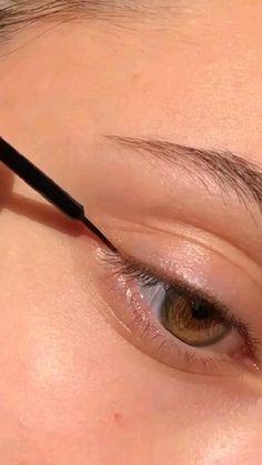 Creative Eye Makeup, Eye Makeup Art, Natural Eye Makeup, Simple Makeup, Eyeshadow Makeup, Diy Makeup, Learn Makeup, Makeup Tricks, Glam Makeup