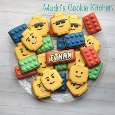 Lego Cookies - a treat to take to school on his birthday! Ninjago Party, Lego Birthday Party, Birthday Treats, 6th Birthday Parties, Birthday Cookies, Lego Ninjago, Lego Parties, Cake Birthday, Lego Cookies