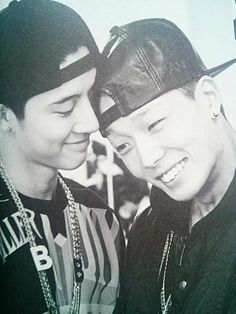 B.I and Bobby cuuute!