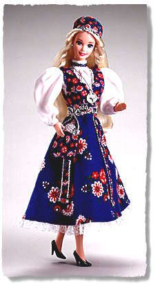 Dolls From Europe | Mattel -- Dolls of the World collection -- Norwegian Barbie -- 1996