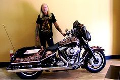 greg allman with his motercycle | Greg Allman forme avec son frère Duane l'Allman Brothers Band, en ...