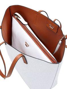 Drei Taschen in einer: Hol dir dieses Wendetaschenset nach Matroschka-Art, das sowohl auf einem Wochenendtrip als auch zur Aufbewahrung deiner Essentials für den Alltag beste Dienste leistet