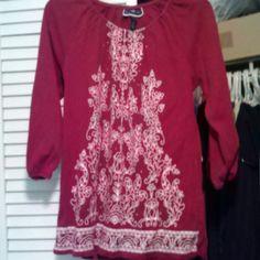 "Spotted while shopping on Poshmark: ""3/4 "" sleeve red with white design""! #poshmark #fashion #shopping #style #Karen scott #Tops"