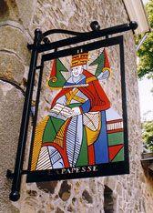 Carte de tarot de Marseille, Arcane II: la Papesse -  Sainte-Suzanne, Mayenne.