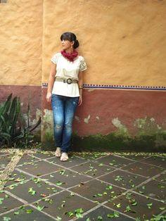 Coffee Break: COZY SUNDAY LOOK earth colors pashmina salsa jeans c sandals accesories