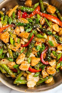 Healthy Teriyaki Chicken Stir Fry Made with chicken veggies and homemade teriyaki sauce Doubled the sauce - asparagus snap peas broccoli mushrooms peppers - used 2 large pans and sesame oil 1 Salsa Teriyaki Casera, Sauce Teriyaki, Homemade Teriyaki Sauce, Asparagus Stir Fry, Chicken Asparagus, Asparagus Recipe, Veggie Fries, Veggie Stir Fry, Chicken Vegetable Stir Fry