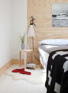 Une chambre d'ami sobre et lumineuse