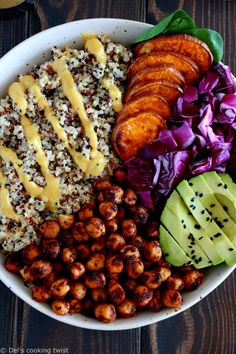 Curry Chickpea Sweet Potato Buddha Bowl Healthy nourishing and protein-packed this vegan buddha bowl has it all fluffy quinoa crispy spiced chickpeas mixed greens and a curry dressing # Healthy Recipes, Whole Food Recipes, Recipes Dinner, Delicious Healthy Food, Plant Based Dinner Recipes, Plant Based Meals, Healthy Vegetarian Recipes, Chickpea Recipes, Tasty