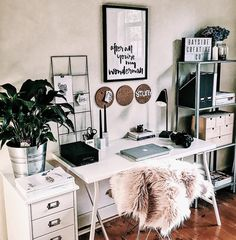 Dream Rooms For Women Home Office - Decoration Home Home Office Design, Home Office Decor, Home Decor, Office Art, Office In Bedroom Ideas, Bedroom Ideas For Small Rooms For Girls, Cozy Home Office, My New Room, My Room